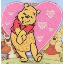 Ecusson Thermocollant Disney WINNIE L'OURSON d'amour