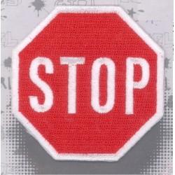 Ecusson Thermocollant brodé panneau STOP  CREA PECAM