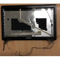 PLASTURGIE ECRAN AVANT ARRIERE + CHARNIERE+ NAPPE WEBCAM POUR SAMSUNG R780